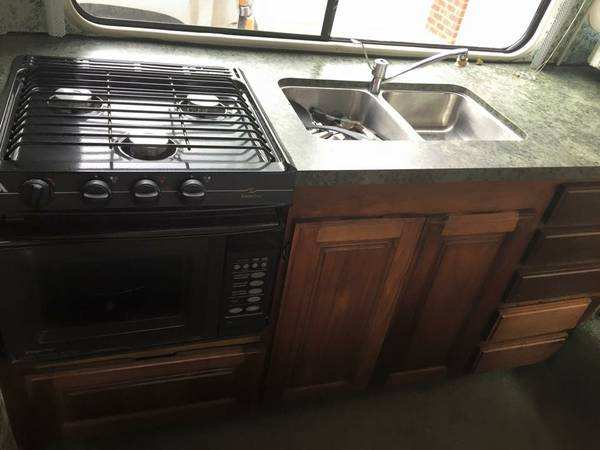 1977 GMC Royale 26FT Motorhome For Sale in Middletown, Ohio