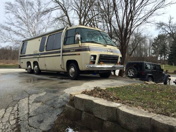 1976 GMC 26FT Motorhome For Sale in Waukesha, Wisconsin