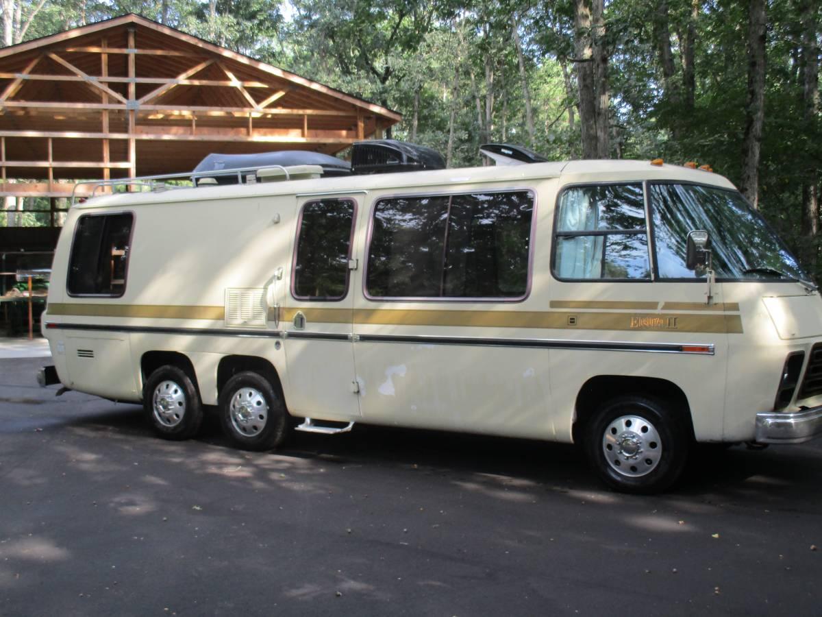 1975 GMC Eleganza II Motorhome For Sale in Holland, Michigan