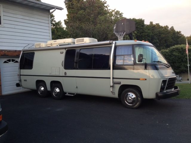 1976 GMC Palm Beach 26FT Motorhome For Sale in West Virginia