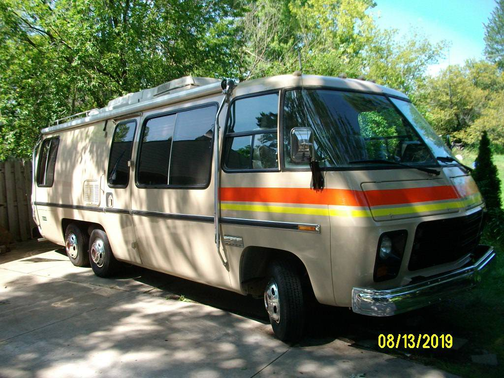 1973 GMC Canyon Lands 26FT Motorhome For Sale in Troy, Michigan